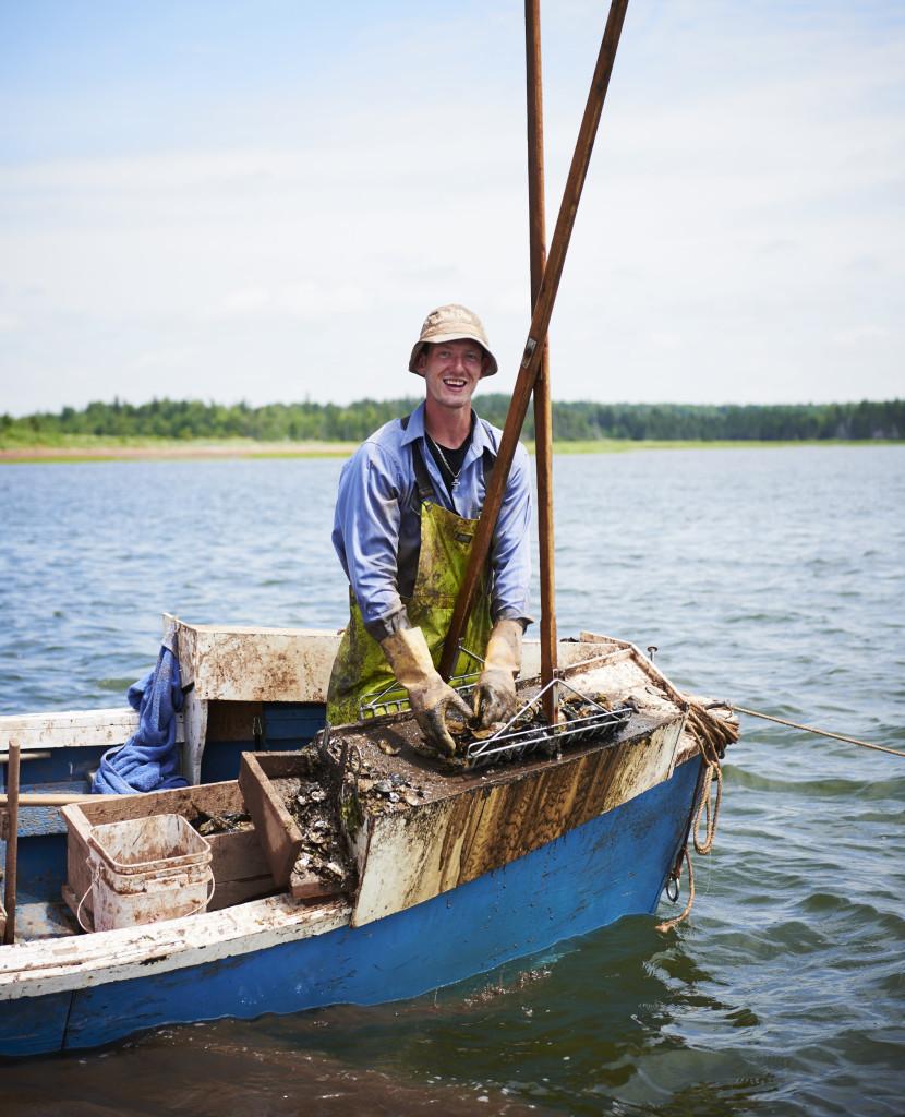 PEI oyster tonger